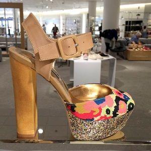 Steve Madden platform shoes size 8